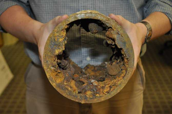 Rusty Jackson Water Pipe 2 TB t670